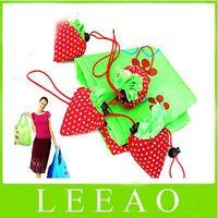Wholesale 200pcs Portable Cute Strawberry Bags Eco Reusable Shopping Bag Tote Folding Foldable Bag