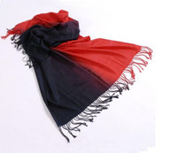 Wholesale Christmas Activity Women s Gradient scarf Fashion Elegant Fringed scarf Beach design Scarf color