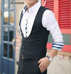 Wholesale New Arrival Men Formal Waistcoat Groom Tuxedos Wear Bridegroom Vests Custom made