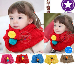 Wholesale Six Colors Double Pom Pom Decoration Children Scarf Winter Warm Fashion Cute Baby Girls Neckerchief