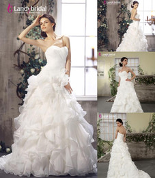 Wholesale Sweetheart A Line Brush Train Organza Ivory In Stock Wedding Dress B12032