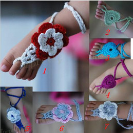 Wholesale Crochet baby girl flower shoes sandals foot flower cotton yarn custom baby shoes first walker handmade Online shoe cheap pairs
