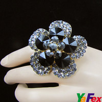 Wholesale 1 quot Shining Crystal Rhinestone Flower Finger Resizable Ring WA100