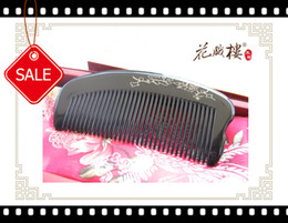 Wholesale New Handicraft ox horn comb health care products Christmas present good taste valentine gifts
