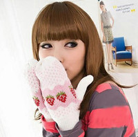 Wholesale 3410 Han Guoqiu winter cute knitted white spots thickened warm winter mittens wool gloves