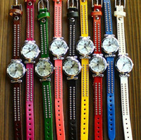Wholesale Modern Style Women Watches Quartz Watch Leather Rivet Colors Gift for Christmas