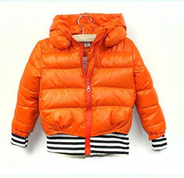 Wholesale kids hoodies down jackets parkas girls hooded coats greatcoats jumpers tops blouse outerwears F558