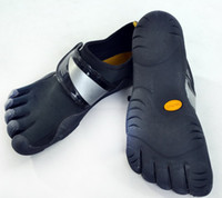 Wholesale Lovers shoes Black Diving material Five fingers shoes Running Sports shoes Size