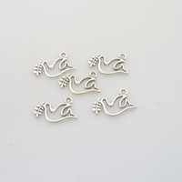 Wholesale 50pcs Tibetan Silver dove charm pendants X0123