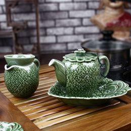 Wholesale Green wingceltis tea revitalize the porcelain pineapple head tea tray Induction cooker wood tea set