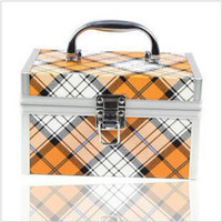 Wholesale Korea new vanity case plaid Large Cosmetic Bag Cosmetic Case locking fashion jewelry box storage sto