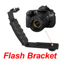 Metal   Metal Dual Hotshoe L-Shape Flash Bracket Flashlight Camera Holder Mount Speedlite for DSLR SLR