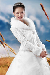 Wholesale Stylish Ivory Long Sleeves Faux Fur Wrap Latest Bridal Wedding Prom Jacket Available Size