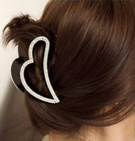 Wholesale Fashion Lady Resin Rhinestone Hair Accessory Heart Hair Claw Clip