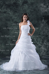 Wholesale 2013 Custom Made Most Popular White A line One Shoulder Ruffle Flowers Chic Organza Wedding Dresses