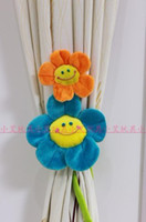 Wholesale 20PCS Fashionable domestic act the role ofing sunflower smiling face curtain buckle