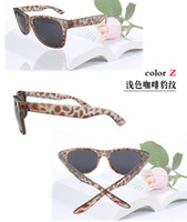 Wholesale modern beach sunglasses candy color meters nail sunglasses