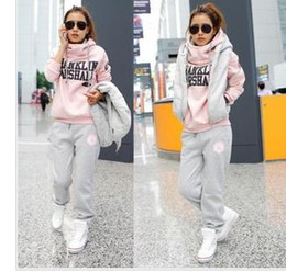 Wholesale Casual trousers the vest sports and leisure suit sweater three piece