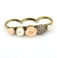 Wholesale Vintage Flowers Rings Delicate Rose Pearl Diamond Ring For Women Colors