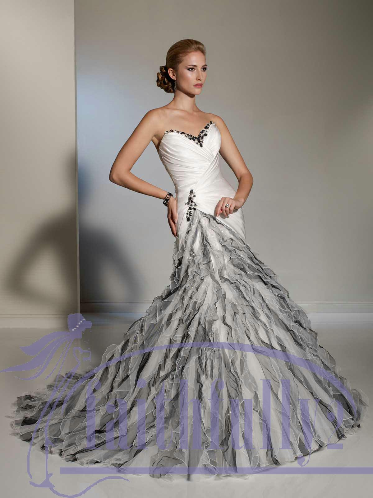 Luxury black and white mermaid sweetheart wedding dress for Black mermaid wedding dresses