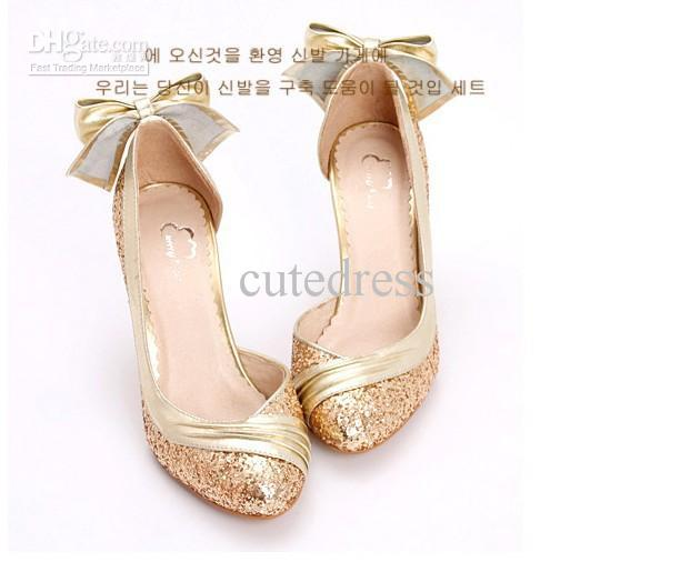Gold Wedding Shoes For Bride Photo Album - Weddings Pro