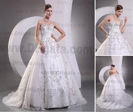 Wholesale 2013 Sexy Ball Gown Sweetheart Wedding Dresses Applique Cathedral Satin Organza Beadings DH003939