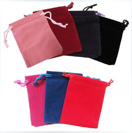 Wholesale 7 cm velvet jewelry pouch gift present package mix color fit for necklace bracelet earring