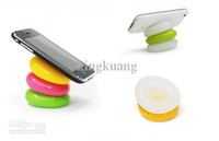 Wholesale Desktop gadgets pebbles molding silicone pad Silicone multi function Universal pad Phone Holder rack