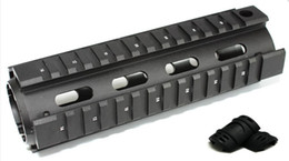 Tactical Picatinny Carbine Length AR15 Quad Rail System Mount