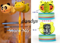 Wholesale mix munti fuction cartoon wall animal design sucker tooth brush holder with retail package