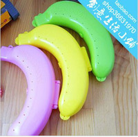 Plastic Food Eco Friendly Plastic Banana Case Box Container Protector Bananas Guard Lunch Fruit Protector
