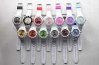 al por mayor cara multicolor reloj blanco-Bandas calientes unisex de los 43MM Blanco + colores del doble de la jalea de la cara del reloj del caramelo relojes de cuarzo 100pcs / lot