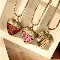 Wholesale Vintage bling jewelled jewelry zircon heart pendant necklace fashion lady s long sweater necklace