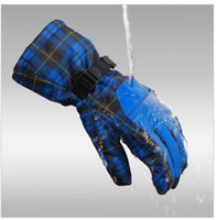 Wholesale Ski glove ultra warm gloves professional men and women ski glove outdoor cycling gloves waterproof a