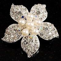 Wholesale Beautiful Silver Plated Rhinestone Crystal and Cream Pearl Corsage Flower Brooch