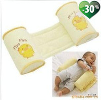 Wholesale Hot baby pillow infant shape pillow correct the flat head anti roll pillow