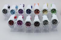 100pcs / lot unisex 43MM Calendario reloj de la jalea con bandas blancas Colores Caras de caramelo Cuarzo Fecha Relojes