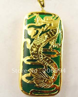 achat en gros de dragon vert collier pendentif-véritable bijoux de jade collier vert émeraude de dragon de jade Pendentif livraison gratuite chaîne gratuite 2pc / lot