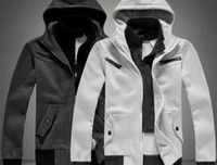 Wholesale Urban leisure fashion men s thickening of hooded clothing