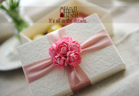 Wholesale Lovely wedding gift boxes white paper favor holders big valentines gift packaging box with pink rose