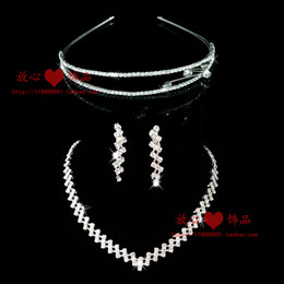 The bride accessories piece set accessories necklace earrings wedding jewellery bridal accessories Crown
