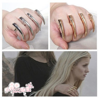 Wholesale Gothic Punk Metal Sharp Spike Claws Three Fingers Ring Colors