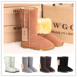 Wholesale High quality Snow boots Australia classic tall boots women s popular chestnut snow boots Real leather womens boots Brand boots glitter2009