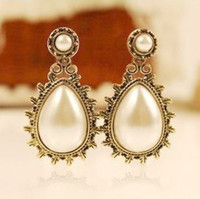 Wholesale New Vintage Style Bronze Alloy Big White Pearl Drop Earring Ear Stud