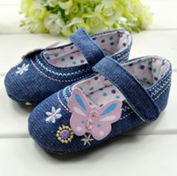 Wholesale Chinese Classical jeans canvas baby shoe Infant shoes prewalk shoes pairs