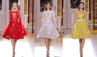 achat en gros de longues robes de bal jaune-Rouge Jaune Blanc en Dentelle à Manches Longues en Zuhair Murad Haute Couture Automne de Thé Longueur des Robes de bal ZU05