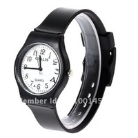 Cheap 6018 Round Shaped Watch Dial Plastic Cement Watchband Wrist Watch (Black)