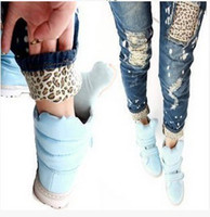 Wholesale Female leopard print wearing white retro finishing hole butt lifting pencil jeans roll up hem W1314
