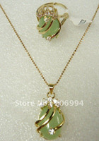 Wholesale jewelry natural jade ring Pendant Necklace set