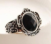 Cluster Rings   Hot New Arrival Restore Ancient Ways Of Carve Patterns Designs Woodwork Black Stone Mirror Ring